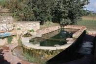 Font i safareig de la Torre d'en Malla - Parets del Vall_s - Vall_s Oriental (03)